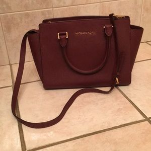 Medium Size Michael Kors Purse